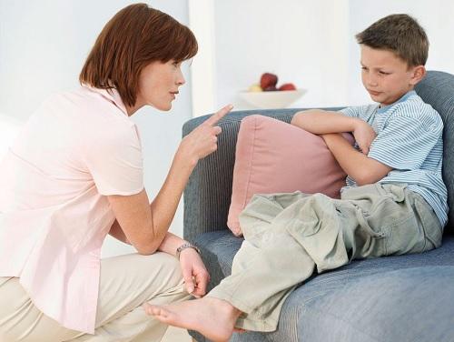 szülő befolyásolás, szigor